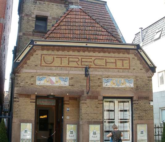 Jugendstil Theater De vier Pelikanen